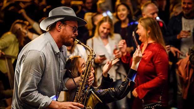 dj-saxofonist
